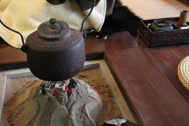 和田屋のおもてなし囲炉裏