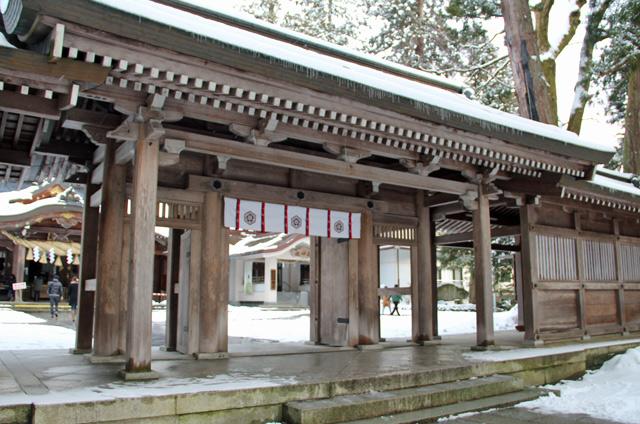 白山ひめ神社,初詣