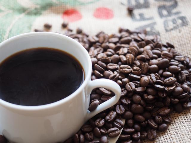 デカフェとカフェインレスの違い